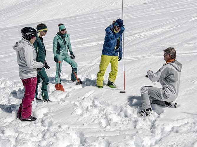 Mammut Klettergurt Alpine Light : Alugator light lawinen schaufel mammut online shop de